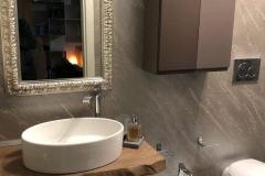 bagno in pietra spaccata